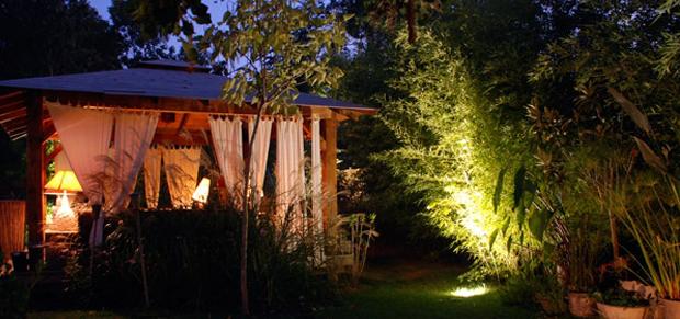 Clairage de jardin entretien et r novation de piscine for Eclairage jardin